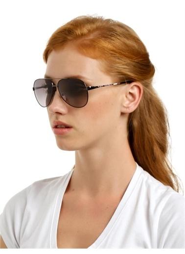 Emilio Pucci  Ep 131 069 Kadın Güneş Gözlüğü Siyah